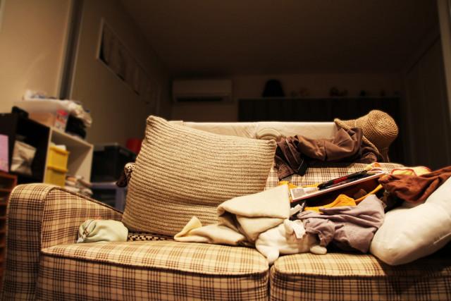 散かった部屋のイメージ